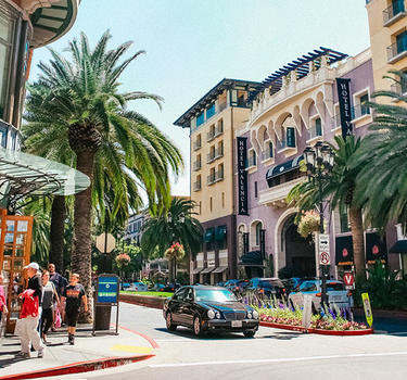 Shopping at Santana Row, the rodeo drive of Silicon Valley